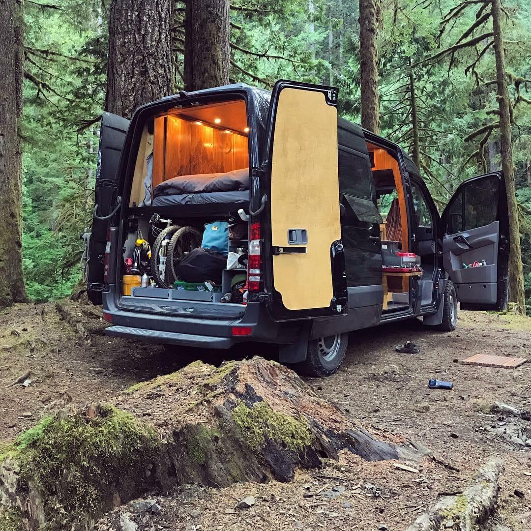 1606270057 987 Ideas de conversion de camioneta Sprinter de bricolaje