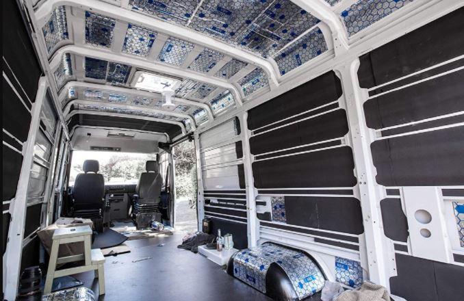 Aislante térmico para paredes de interiores furgoneta