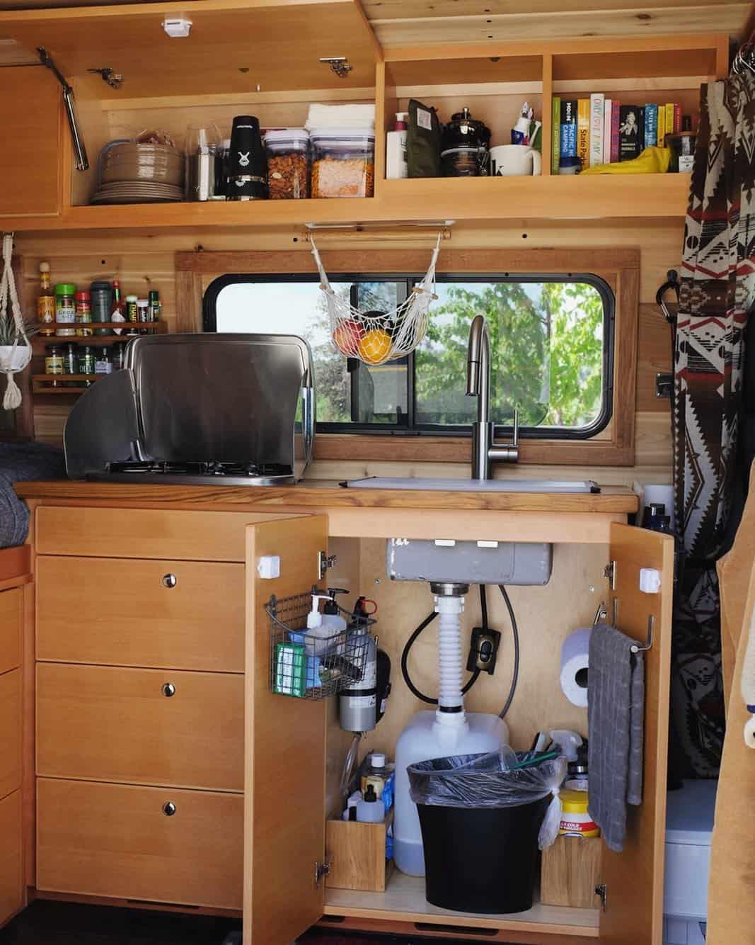 campervan sink system s0weboughtavan