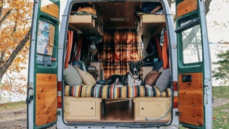 Diseño de 10 interiores de furgonetas camperizadas