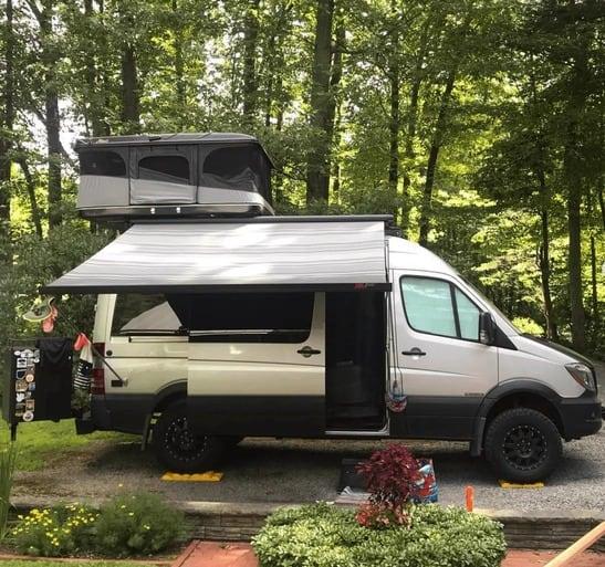 mejores disenos de furgonetas camper para familias 12
